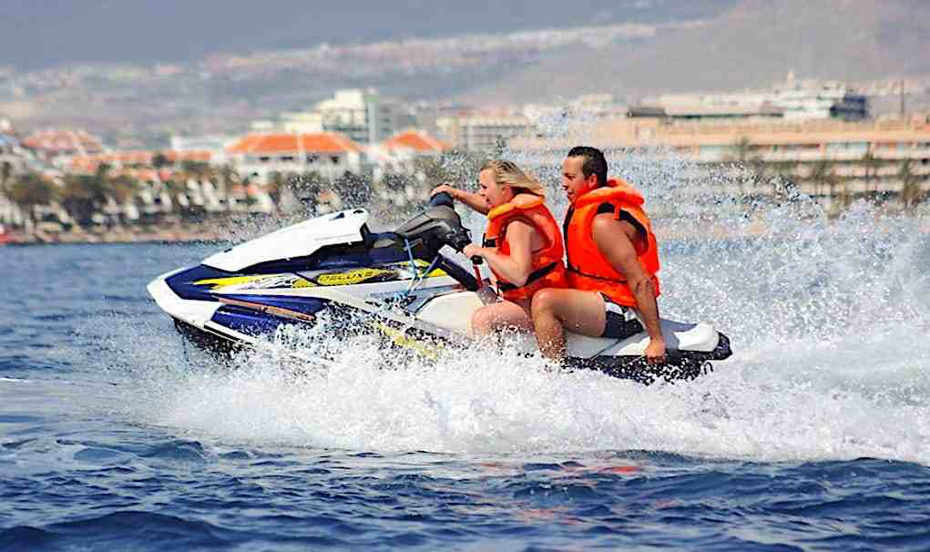 jet ski double tour photo